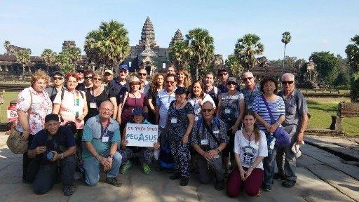 צביקה קרן בטיול לוייטנאם וקמבודיה