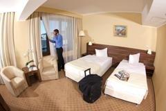 מלון טרגו מורש Grand