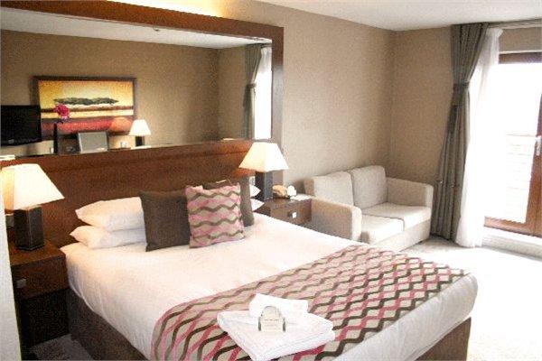 ALONA מלון גלזגו