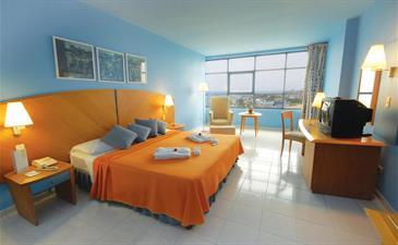 H 10 PANORAMA מלון הוואנה