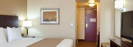 Holiday Inn Express Dinuba