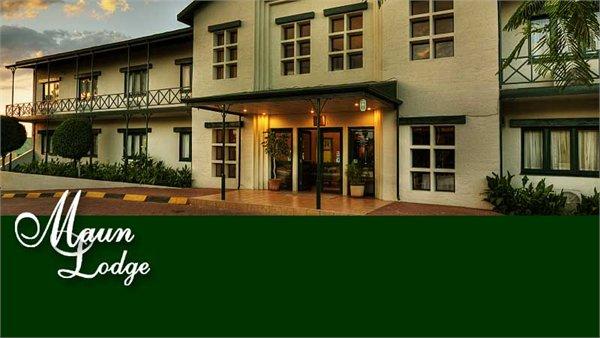 MAUN LODGE מלון דלתת האוקוואנגו